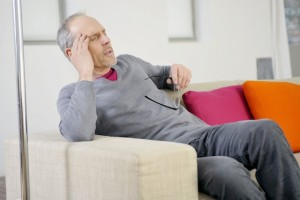 Wer unter wiederkehrendem Schwindel leidet, sollte sich dringend vom Arzt untersuchen lassen. Foto: djd/Vertigoheel/P.BROZE