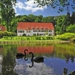 Das staatlich anerkannte Heilbad Bad Holzhausen liegt am Fuße des Wiehengebirges im Teutoburger Wald. Foto: djd/Teutoburger Wald Tourismus/D. Ketz