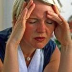 Schlägt das Wetter um, haben oft Frauen unter Migräne zu leiden. Foto: djd/Petasites Petadolex