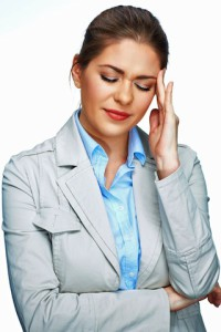 Nach einer stressigen Woche kommt häufig der Stressabfall am Wochenende - und damit die Migräne. Foto: djd/Petasites Petadolex/Sheftsoff Women Girls