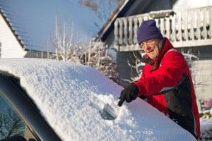 Im Winter ist das Schlaganfallrisiko deutlich erhöht. Besonders nach plötzlichen Temperaturstürzen ist die Gefahr groß. Foto: djd/Telcor Arginin-Forschung/Ivonne Wierink-Fotolia