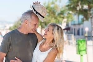 Um aktinische Keratosen vorzubeugen sollten Sie auf ausreichenden Schutz vor UV-Strahlung achten.