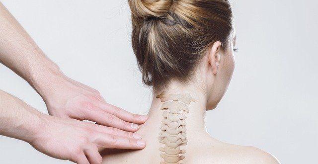 Von den Patienten mit Rückenschmerzen haben über 80 Prozent Probleme mit den Bandscheiben.